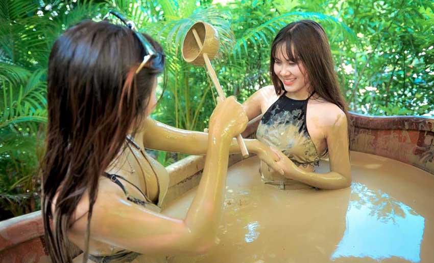 Bảng giá dịch vụ tắm bùn khoáng Tháp Bà - Giá vé Vinwonders Nha Trang
