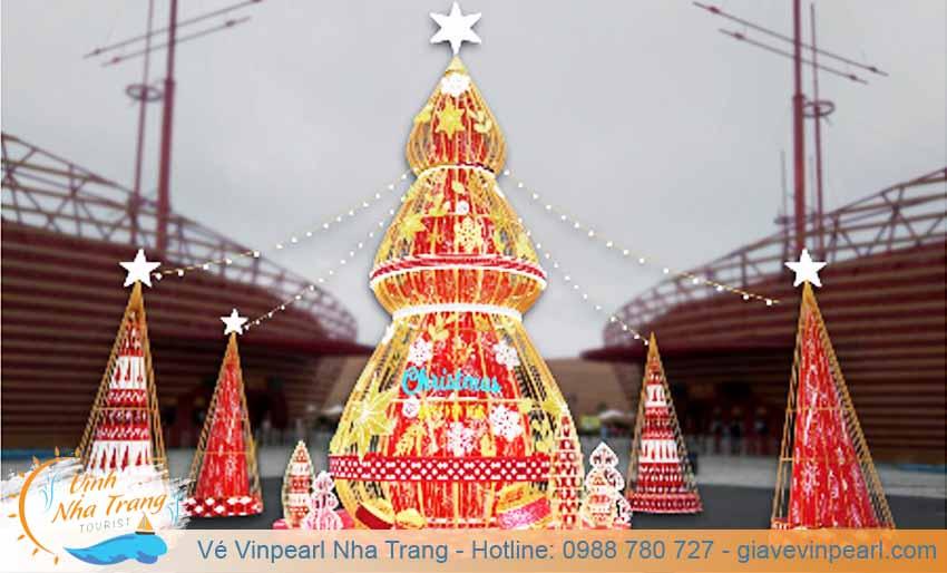 festive wonderland le hoi hoa tuylip vinpearl nam hoi an
